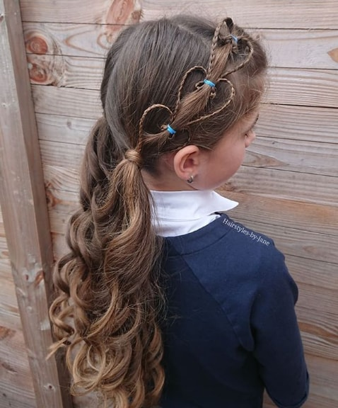 Side Braid with Long Wavy School Girl Hairstyle