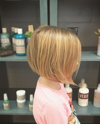 Swing Bob - A Haircut for Cute Girl