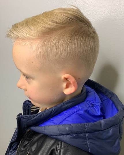 Gentle Side Swept Hairstyle With Mid Fade