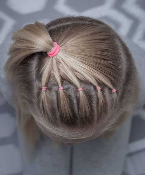 Bob Hairstyle With Top Pony