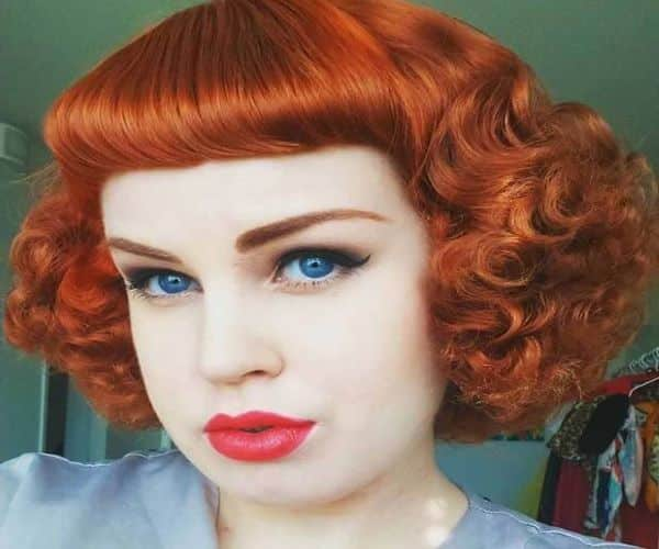 Pin-Up Wavy Bangs