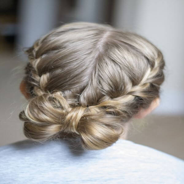Simple and Pretty Bow