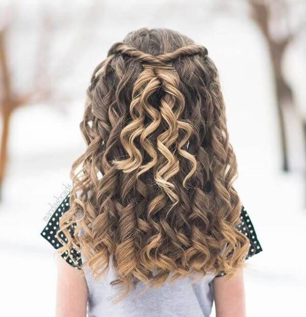 Curly Shirley Hairstyle