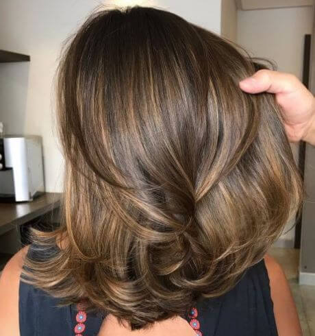 Medium Length Hairstyle With Layered Ends